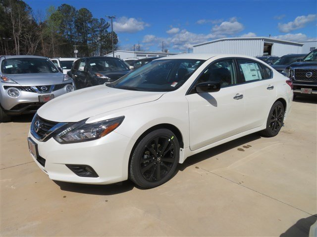 new 2017 nissan altima 2 5 sr midnight edition 4dr car in carrollton 17638 scott evans nissan. Black Bedroom Furniture Sets. Home Design Ideas