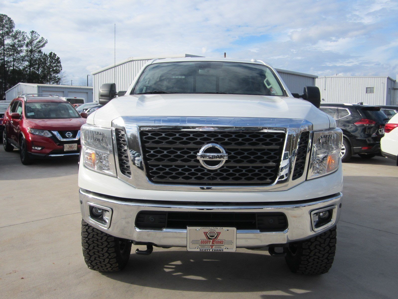 new 2017 nissan titan xd sv diesel crew cab pickup in. Black Bedroom Furniture Sets. Home Design Ideas